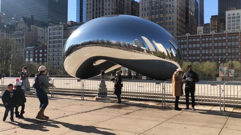 """芝加哥""""居家建议""""第一天市中心什么样?"""