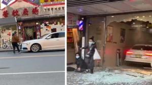 【现场】画面惊心!纽约华人驾车撞人冲进面包店 事发经过曝光