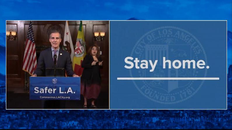 LAX设新冠检测点 洛杉矶市长吁居民少外出
