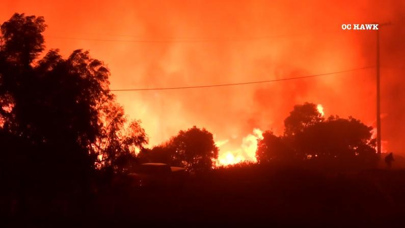 一夜狂烧7200英亩! 南加山火逼近尔湾