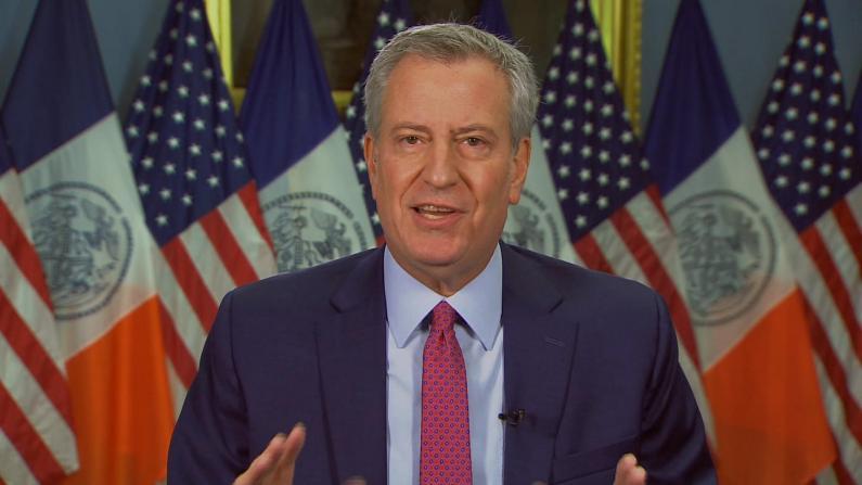 疫苗接种展开之际 纽约市长再发严厉警告