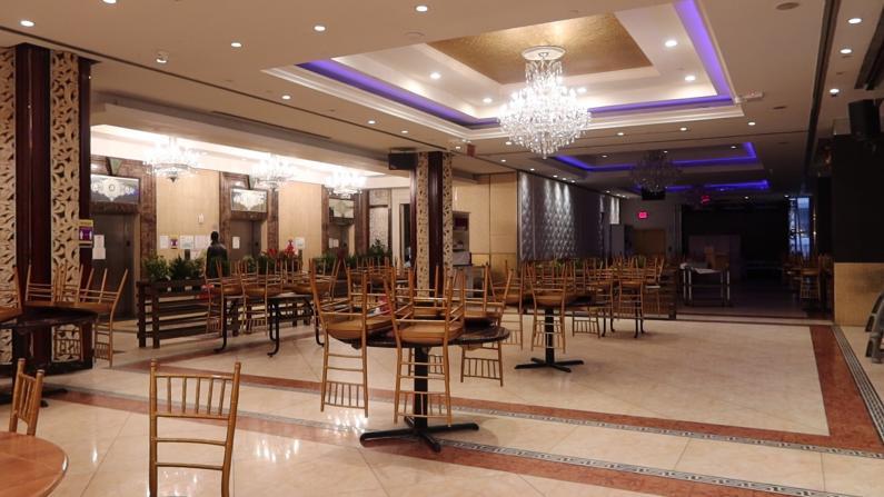 堂食禁令首日天气恶劣纽约市中餐馆叫苦 雪暴将至店家忙准备