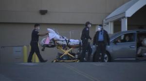ICU告急 患者救护车等6小时!南加疫情再恶化