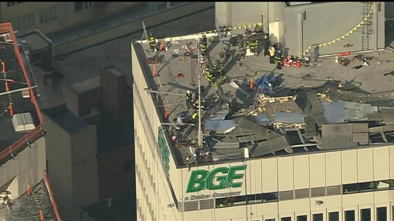 楼顶突爆炸 标牌悬半空 巴尔的摩大楼惊魂一幕