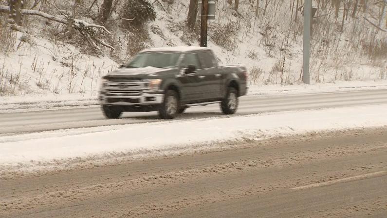 匹兹堡12月降雪破百年记录 圣诞节多地遭恶劣天气袭击