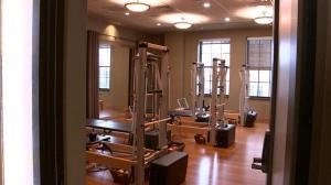宾州健身房终于重开 爱运动人士却选择不出门…