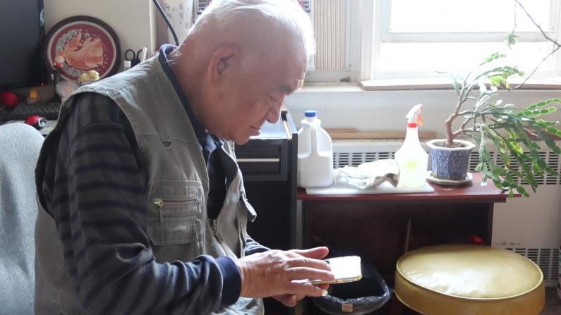 预约不上 无多语种服务 纽约华裔老人想打疫苗难上加难