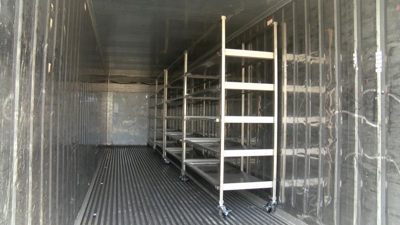死亡激增 南加州太平间集装箱紧缺!