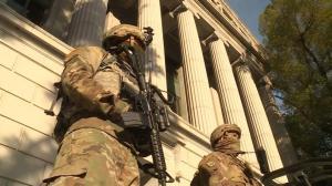 拜登就职日临近 华盛顿DC、各地州府进入高度戒备