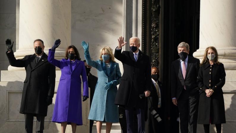 【实录】拜登、贺锦丽抵国会准备出席就职典礼 奥巴马等前总统现身