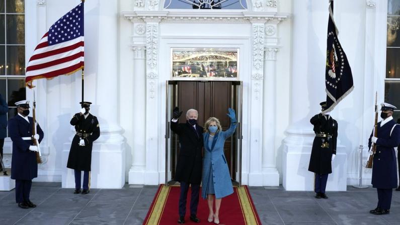 【实录】拜登、贺锦丽正式入主白宫