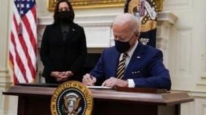 拜登再签两行政令保障低收入民众不挨饿 白宫:必须有力行动