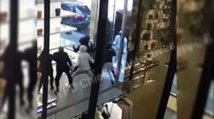 纽约曼哈顿香奈儿店遭洗劫 数十件商品被抢走