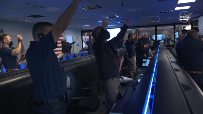 """成功登陆火星!NASA""""毅力号""""将搜寻古老生命存在证据"""