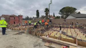 【色影无忌】参观建筑工地:洛杉矶的别墅豪宅 为什么都是木质的?