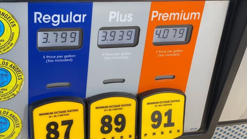 42天涨41次?! 南加州油价狂飙