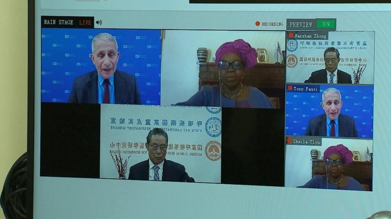 钟南山与福契对谈:一年内疫情将有所好转 各国必须合作抗疫