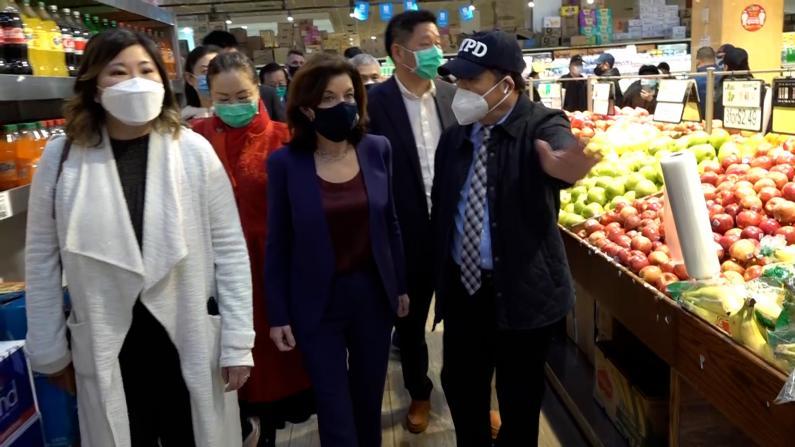 纽约副州长霍楚走访华社:我不想2个华裔侄女也遭遇仇恨犯罪