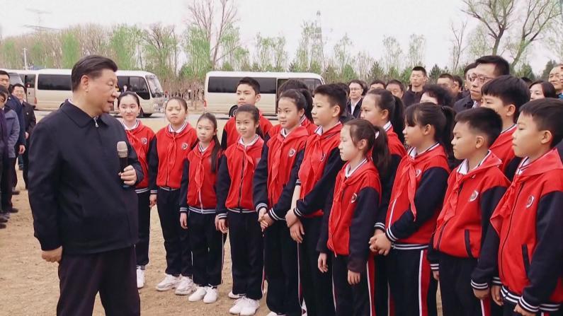 习近平语少先队员:你们这一代是民族自豪感荣誉感最强的一代