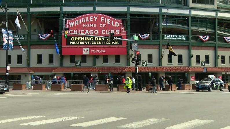 芝加哥大型运动场所再次对外开放