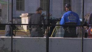 国会山安保升级周围再竖围栏 连遭两次袭击短期内控难恢复正常