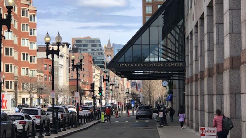 波士顿市中心疫苗接种点可免费停车2小时 服务业者:注册后不到两周打上疫苗