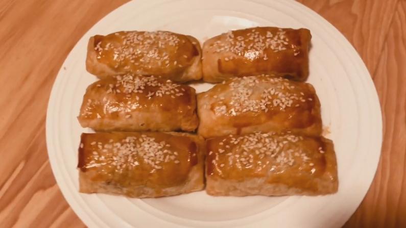 【广东阿姨】在家做广式名点叉烧酥 满嘴香!