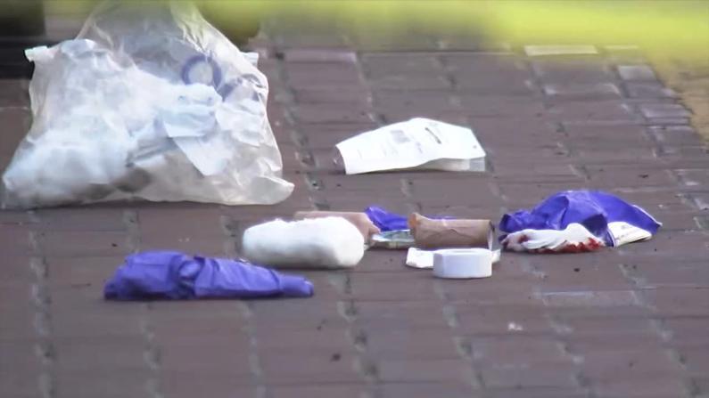 旧金山两亚裔老人等公交被捅伤 目击者:嫌犯走得仿佛无事发生