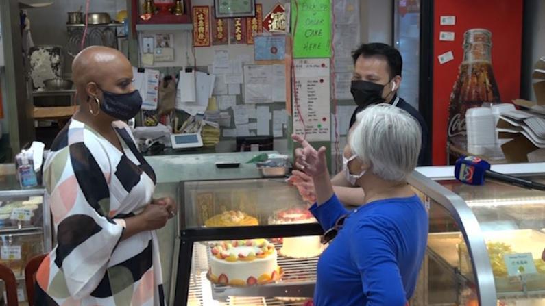 华埠中餐馆经营状况仍严峻 麻州国会众议员鼓励小企业申请联邦救助金