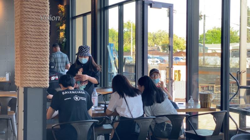洛杉矶华社恢复活力:餐馆客流激增 新店趁机开张