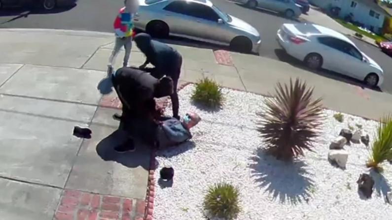 加州亚裔再遭攻击抢劫 监控录下未成年嫌犯肆无忌惮嘲笑声