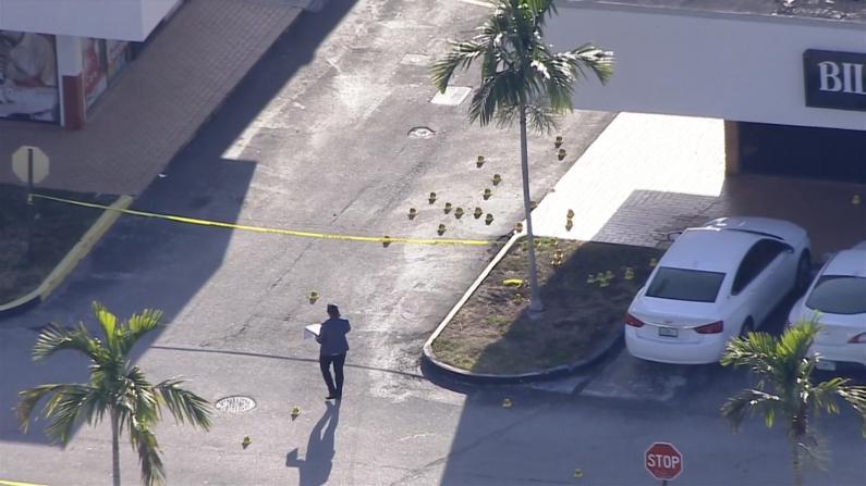 音乐会现场三人持枪扫射人群 迈阿密爆大规模枪案致2死20伤