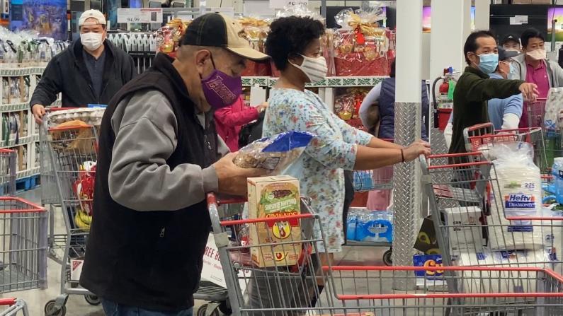 物价飞涨民众感触颇深 Costco顾客:要么涨价了要么量缩水
