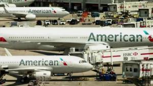 麻州高中生拒戴口罩被AA赶下飞机 双方各执一词