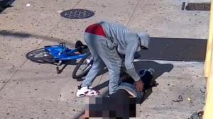 68岁男子纽约布鲁克林遭劫 被揍倒在地无法行动