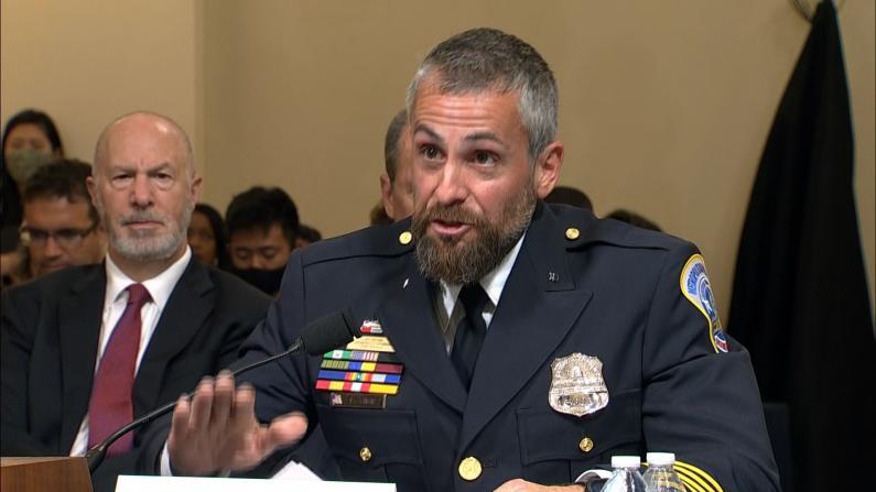 亲历国会暴乱伤痕累累 DC大都会警员作证拍桌:太可耻!