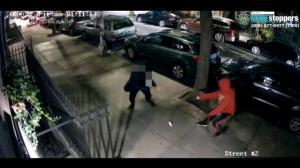 纽约男子曼哈顿遇持枪抢劫 全程配合仍中枪