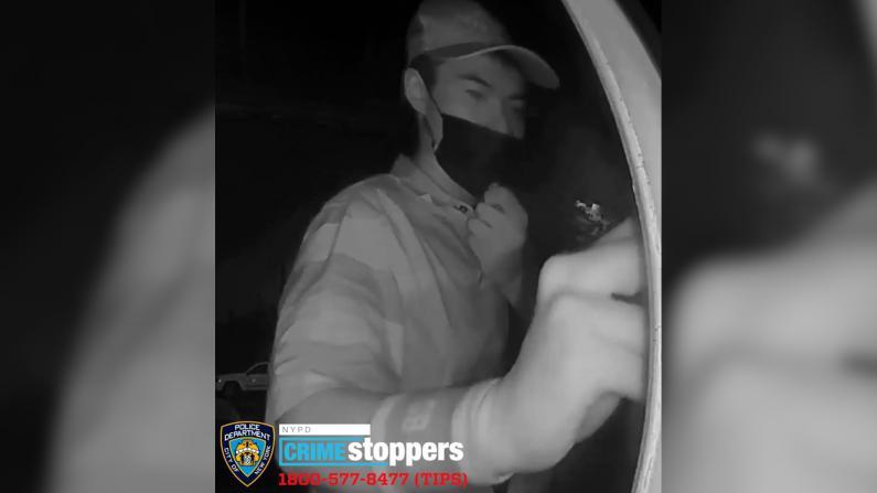 拿了信就跑!纽约市警68分局寻连环偷信贼