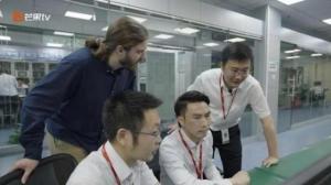 《闪耀的平凡:青春接力》走近高铁复兴号背后的工程师徐绍龙