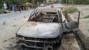 阿富汗喀布尔机场附近遭火箭弹袭击 ISIS发射车烧成灰烬