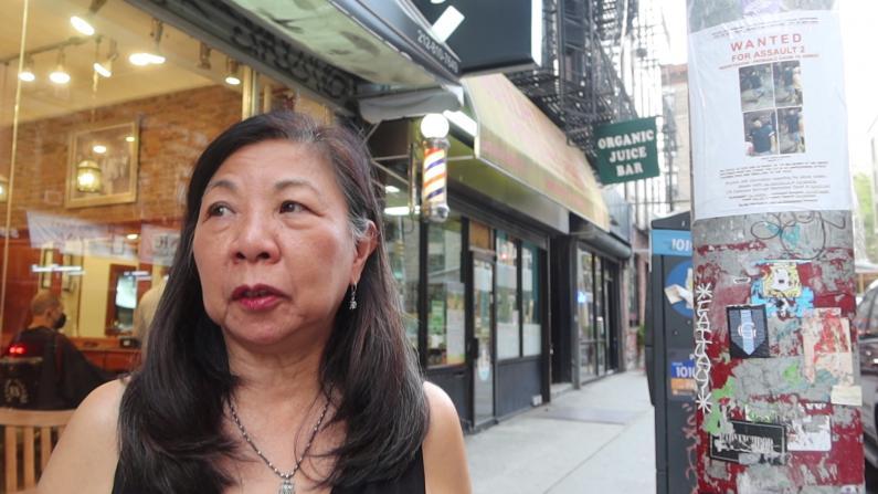 """68岁华妇纽约华埠遇袭:""""对我来说这就是仇恨犯罪"""""""
