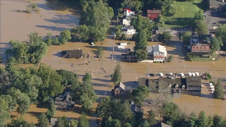 艾达过境 新泽西、宾州洪水泛滥 多地道路房屋完全被淹