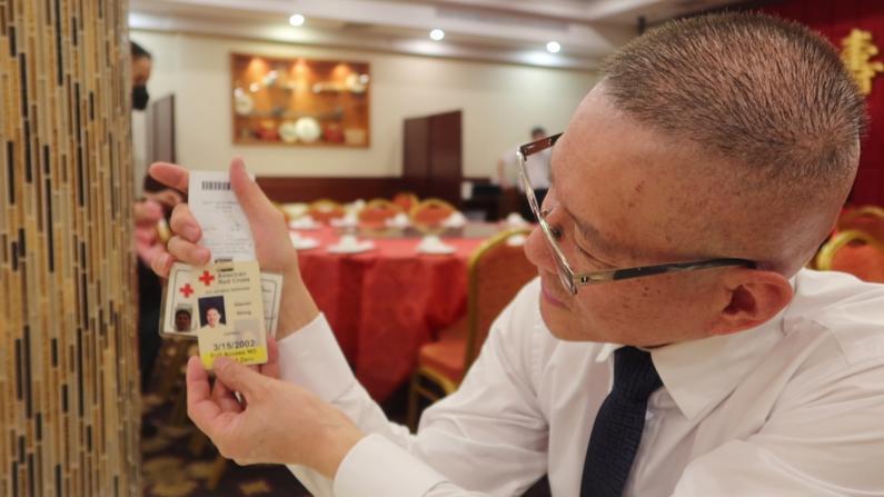 纽约华裔黄华清:逃过9/11当天我就去当志愿者 如今谁来帮帮华埠