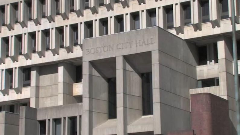 打疫苗赢带薪休假 波士顿要求市府工作人员接种新冠疫苗