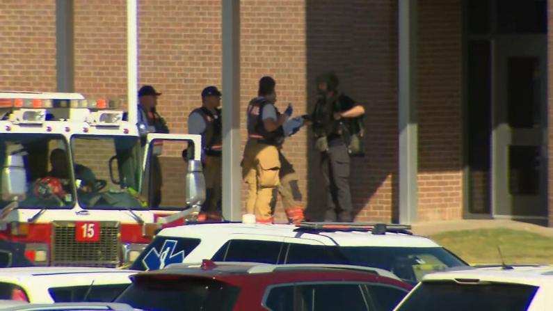 得州再发校园枪案 嫌犯一度逃跑 警方:学生争执致掏枪