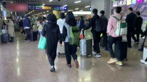 十一假期尾声 中国铁路迎来返程客流高峰