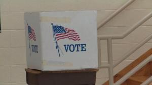 国会民主党人再推开支法案 欲为选举加码